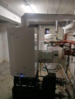 Remplacement d'une chaudière mazout par une chaudière gaz Bosch cerapur Maxx de 70 kw avec 2 boilers 150 litres en série.